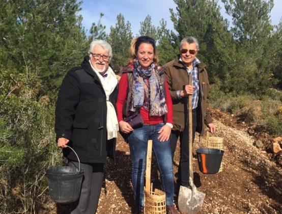 Lucie Desblancs et le Parti ,Citoyen - reboisement à Allauch